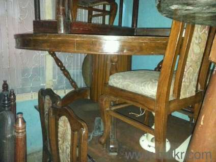Dinning Table In Brown In Khar Mumbai Used Home Office Furniture On Mumbai Quikr Classifieds