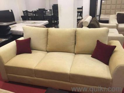 QUIKR CERTIFIED THREE SEATER BRAND NEW SOFA